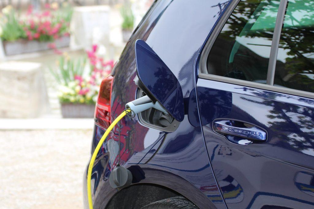 prise-securisee-recharge-voiture-electrique
