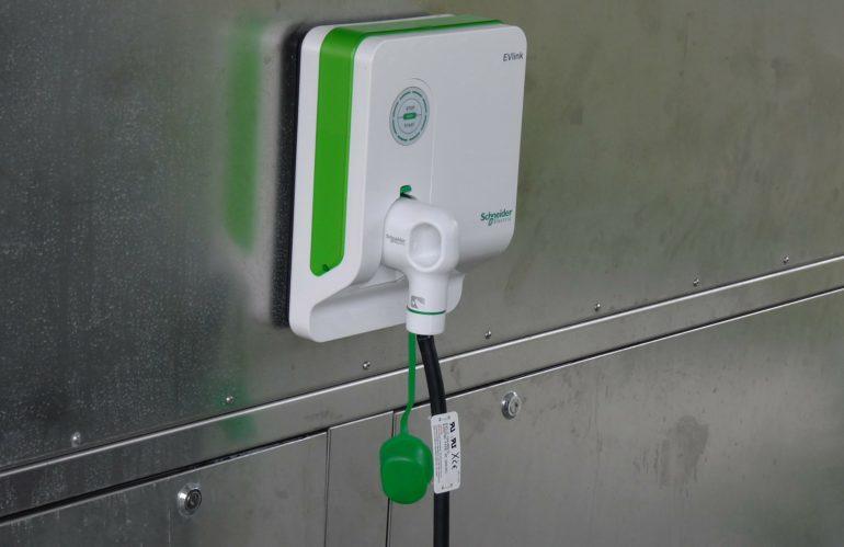 Quel est le prix d'une borne de recharge électrique ?