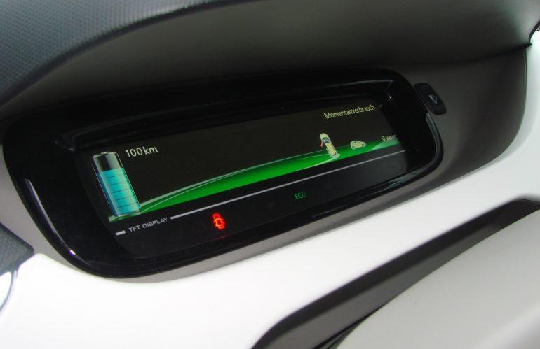 Quand changer la batterie de votre voiture électrique ?