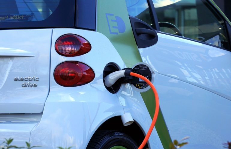 Les choses à connaitre sur la voiture électrique.